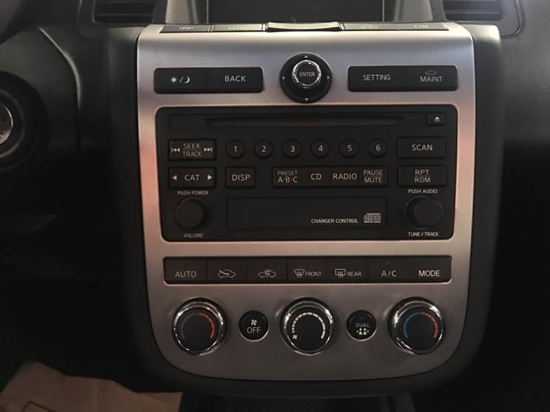 2006 nissan murano radio not working