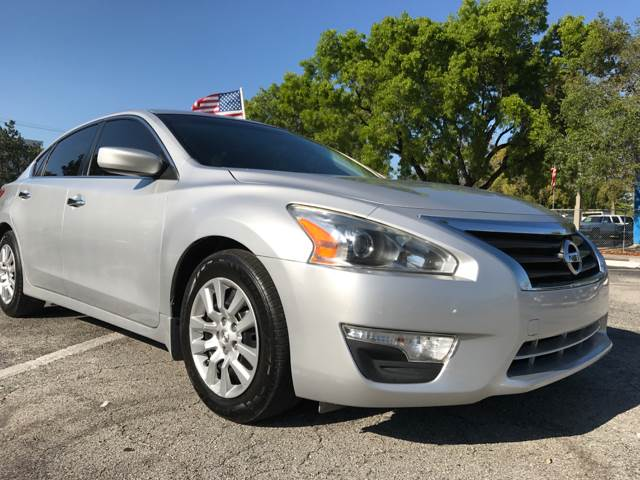 2013 Nissan Altima for sale at Cars 4 You in Hollywood FL