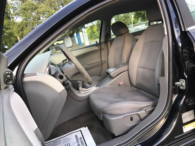 2009 Chevrolet Malibu for sale at Cars 4 You in Hollywood FL
