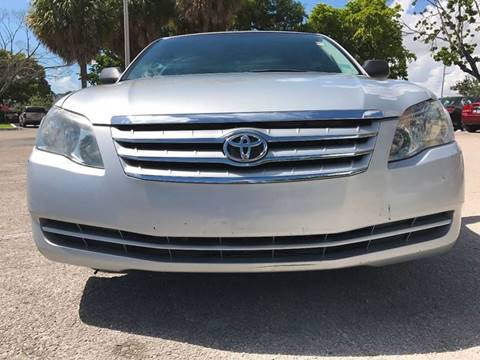 2007 Toyota Avalon for sale in Hollywood, FL