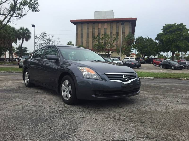 2007 Nissan Altima for sale at Cars 4 You in Hollywood FL