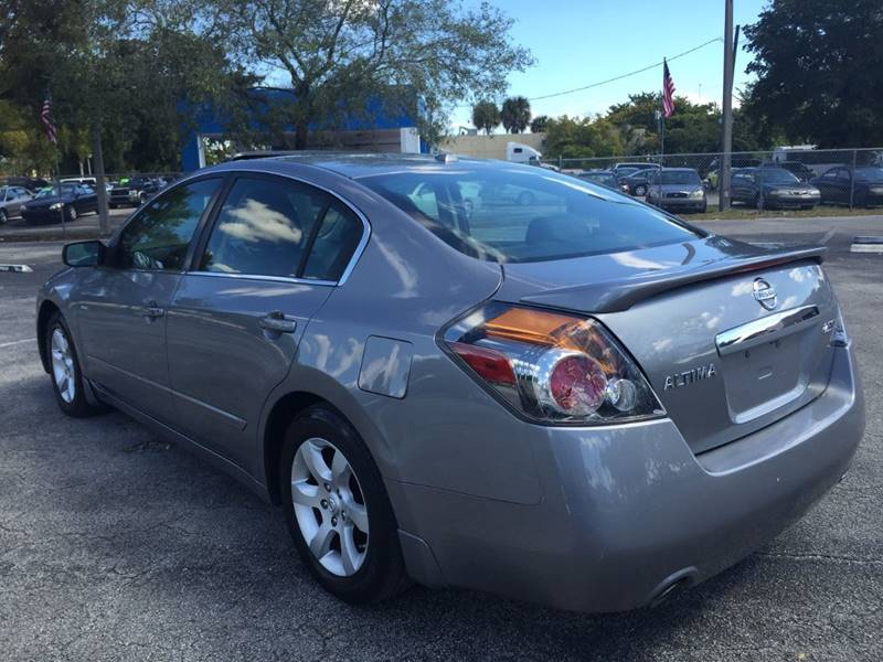 2009 Nissan Altima for sale at Cars 4 You in Hollywood FL