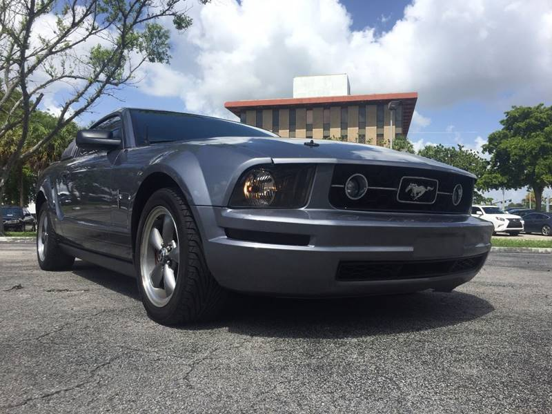 2006 Ford Mustang for sale at Cars 4 You in Hollywood FL