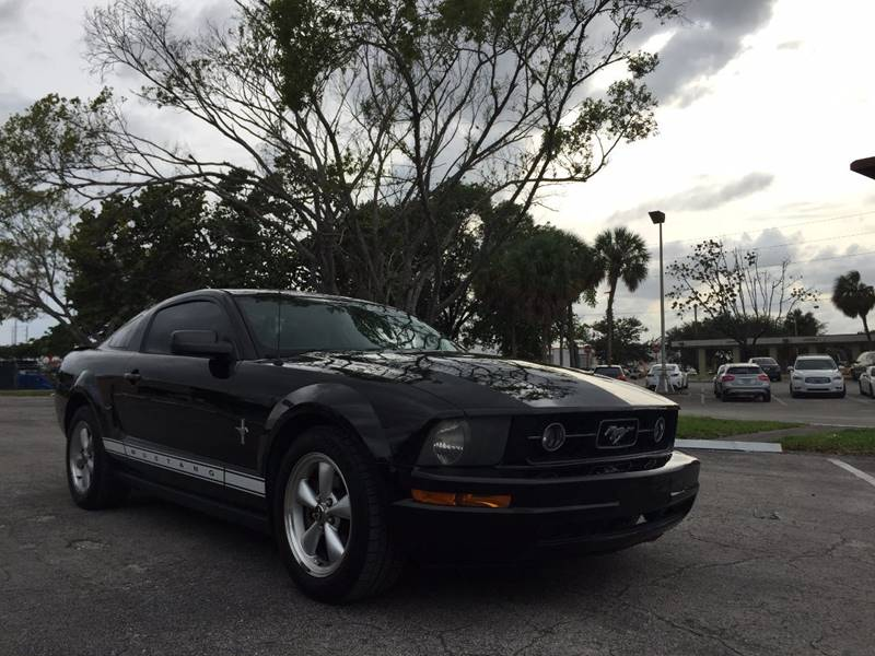 2007 Ford Mustang for sale at Cars 4 You in Hollywood FL