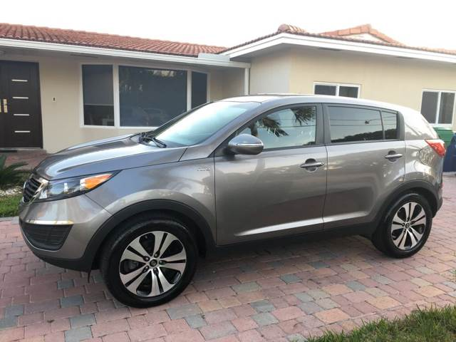 2011 Kia Sportage for sale at Cars 4 You in Hollywood FL