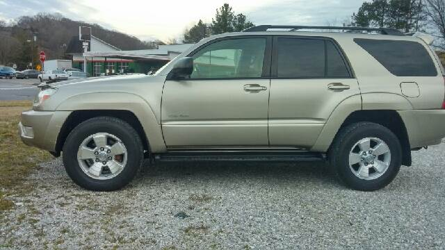 2005 Toyota 4Runner for sale at AM Automotive in Erin TN