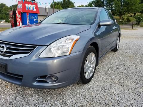 2011 Nissan Altima for sale at AM Automotive in Erin TN