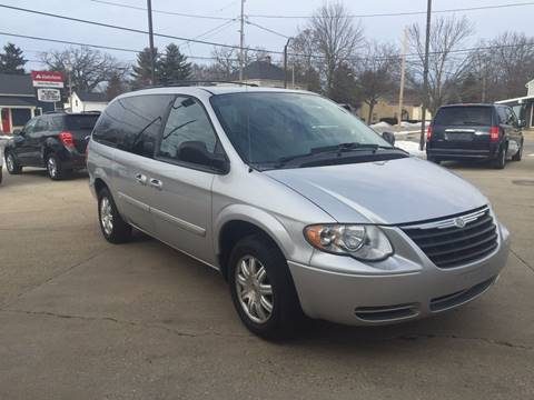 2006 Chrysler Town and Country for sale at Auto Gallery LLC in Burlington WI