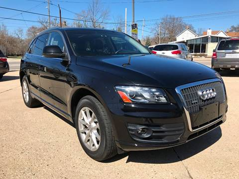 2011 Audi Q5 for sale at Auto Gallery LLC in Burlington WI