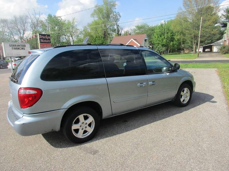 2006 Dodge Grand Caravan SXT 4dr Extended Mini-Van - Evansville IN
