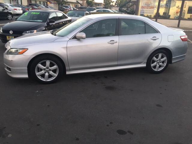 2009 Toyota Camry SE 4dr Sedan 5A - Huntington Beach CA