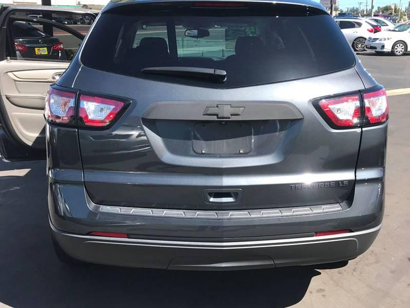 2014 Chevrolet Traverse LS 4dr SUV - Huntington Beach CA