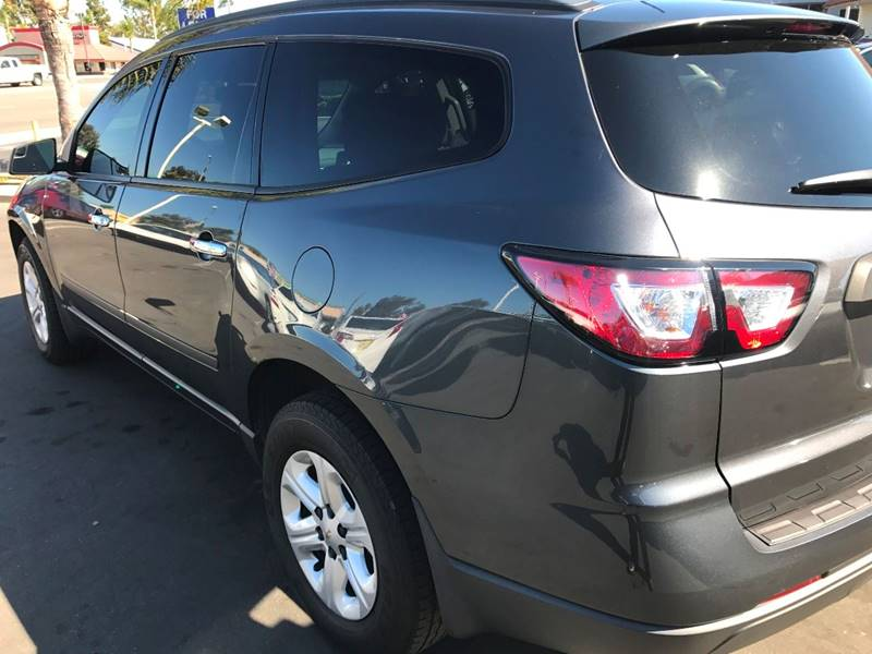 2014 Chevrolet Traverse LS 4dr SUV - Huntington Beach CA