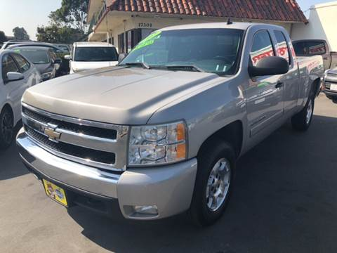 2007 Chevrolet Silverado 1500 for sale at CARSTER in Huntington Beach CA