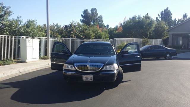 2006 Lincoln Town Car for sale at CARSTER in Huntington Beach CA