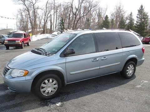 2006 Chrysler Town and Country for sale in Etters, PA