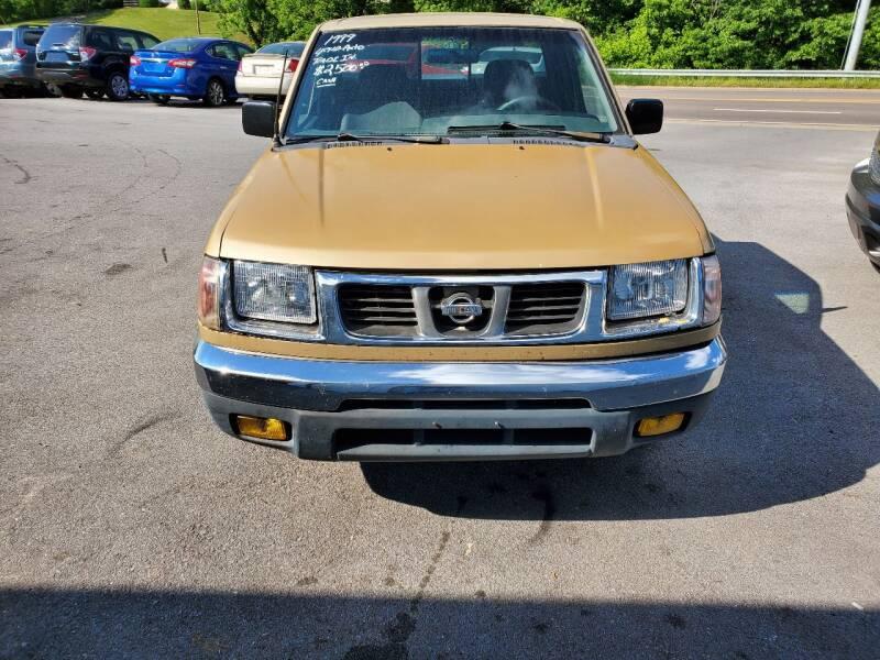 1999 Nissan Frontier XE