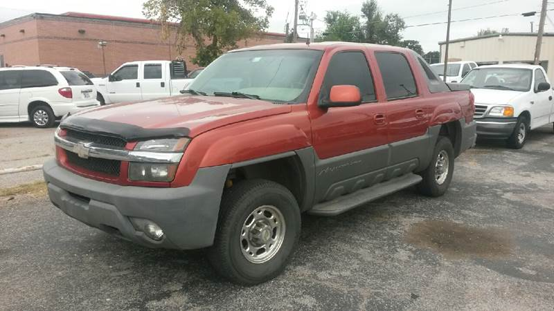 2002 Chevrolet Avalanche for sale at MADISON MOTORS in Bethany OK