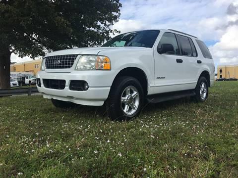 2004 Ford Explorer for sale in Miami, FL