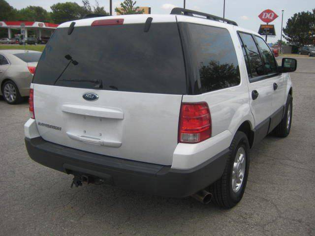 2005 Ford Expedition for sale at Raytown Auto Mall Enterprise in Raytown MO