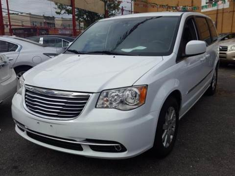 2014 Chrysler Town and Country for sale in Ozone Park, NY