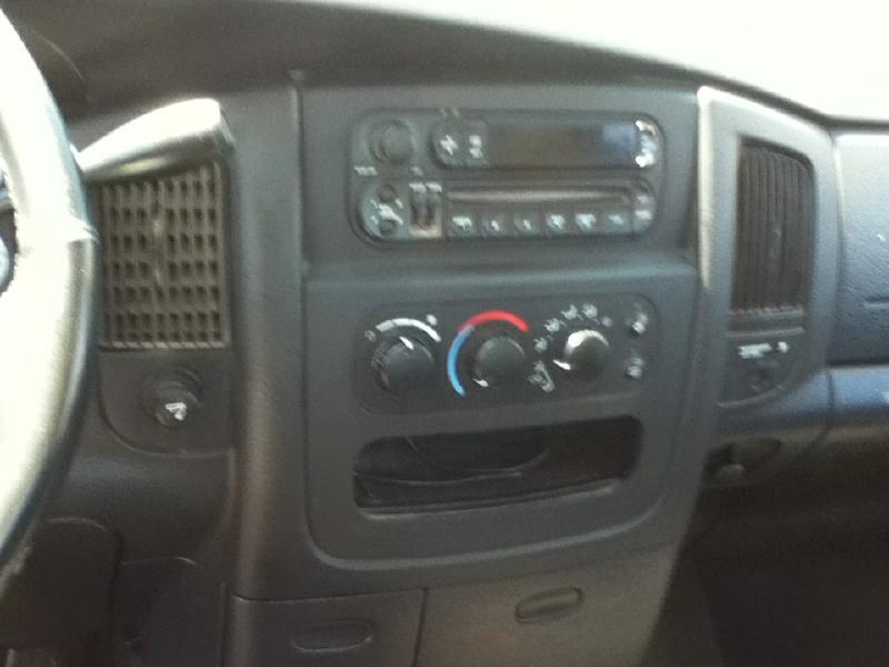 2004 Dodge Ram Pickup 1500 ST - Mc Cook NE