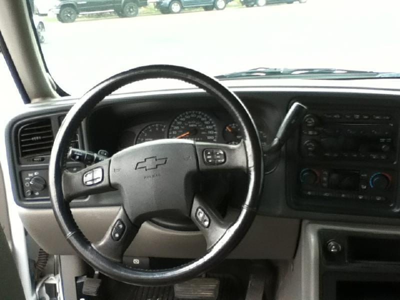 2006 Chevrolet Avalanche LS 1500 4dr Crew Cab 4WD SB - Mc Cook NE