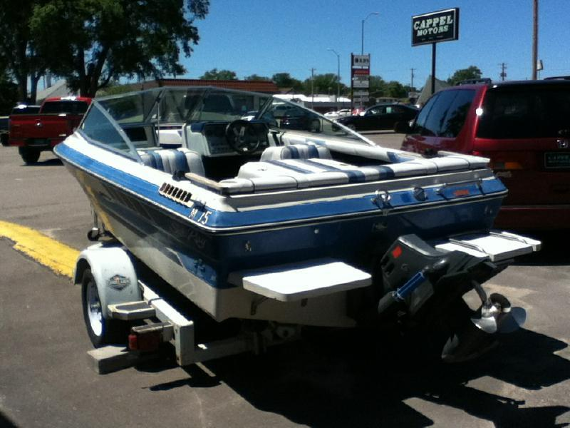 1987 Sea Ray MOTORBOAT 16FT  6IN Hull length - Mc Cook NE