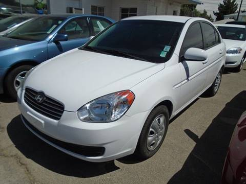 2011 Hyundai Accent for sale at Alien Auto Sales in Henderson NV