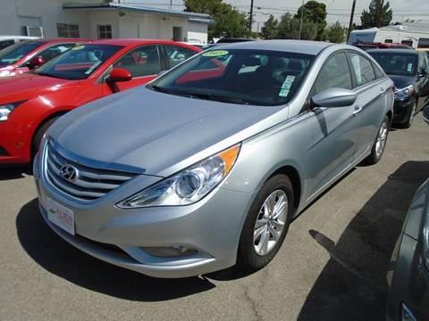 2013 Hyundai Sonata for sale at Alien Auto Sales in Henderson NV