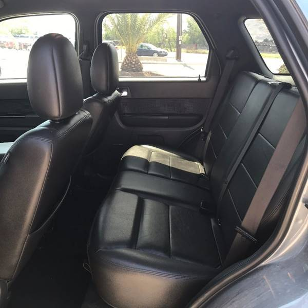 2010 Ford Escape for sale at Alien Auto Sales in Henderson NV