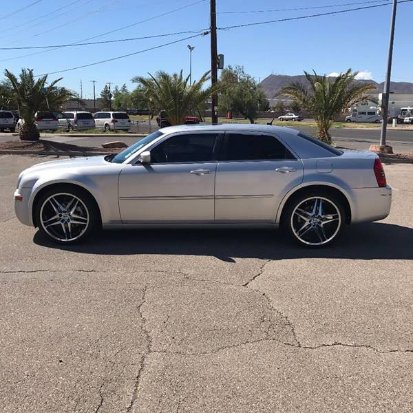 2008 Chrysler 300 for sale at Alien Auto Sales in Henderson NV
