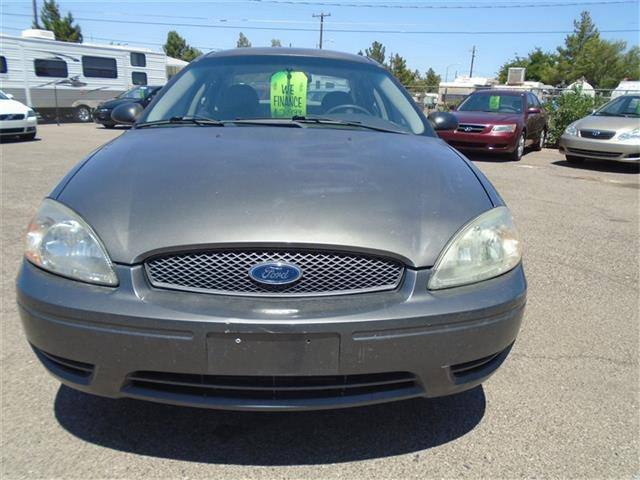 2005 Ford Taurus for sale at Alien Auto Sales in Henderson NV