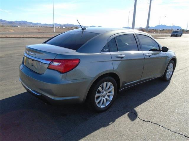 2013 Chrysler 200 for sale at Alien Auto Sales in Henderson NV