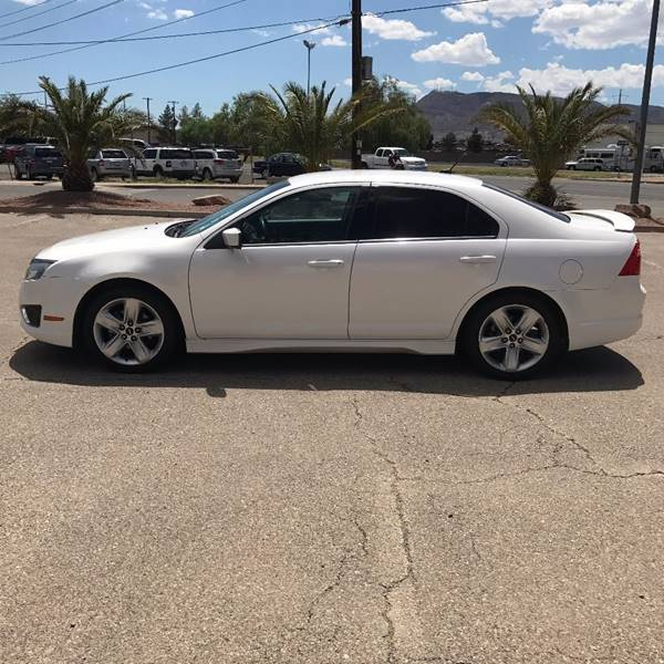 2011 Ford Fusion for sale at Alien Auto Sales in Henderson NV