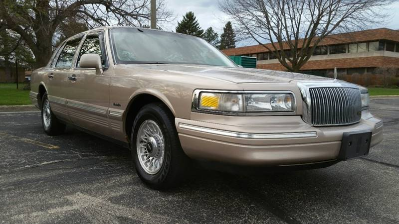 1996 Lincoln Town Car Executive In Kenosha Wi Affordable Auto