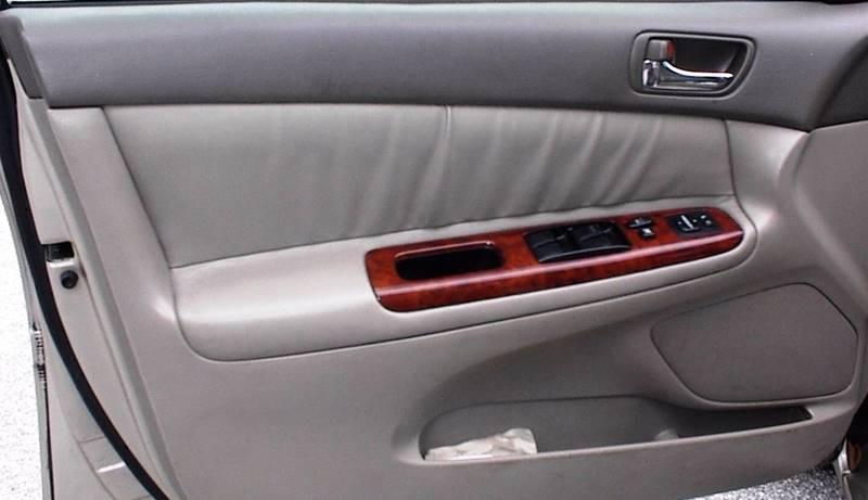 2005 Toyota Camry XLE V6 4dr Sedan - Vero Beach FL