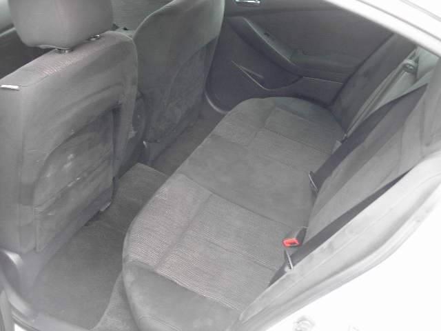 2010 Nissan Altima 2.5 S 4dr Sedan - Green Bay WI