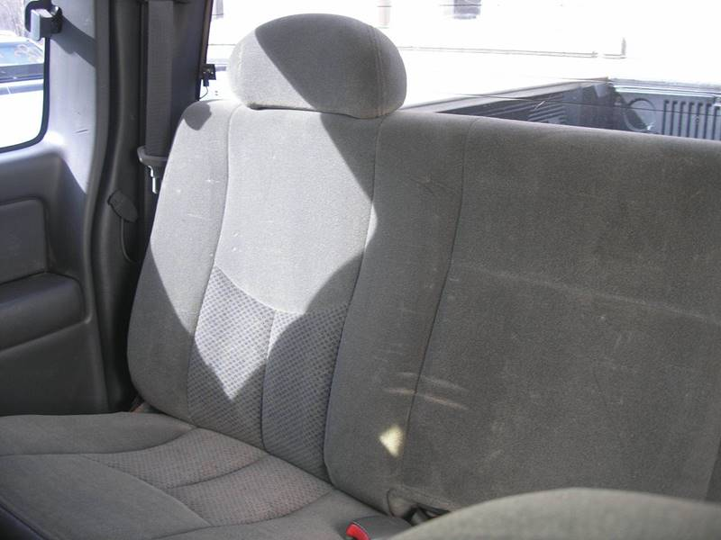 2004 Chevrolet Silverado 2500 4dr Extended Cab LS 4WD SB - Green Bay WI