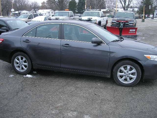 2011 Toyota Camry LE 4dr Sedan 6A - Green Bay WI