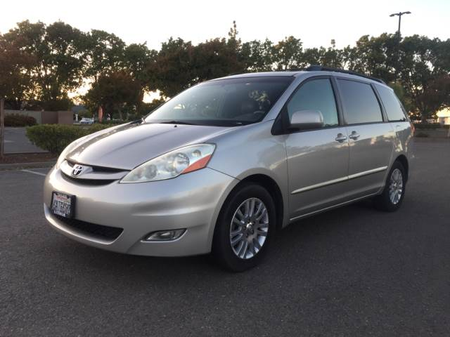 2007 Toyota Sienna for sale at 707 Motors in Fairfield CA