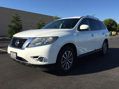 2013 Nissan Pathfinder for sale at 707 Motors in Fairfield CA