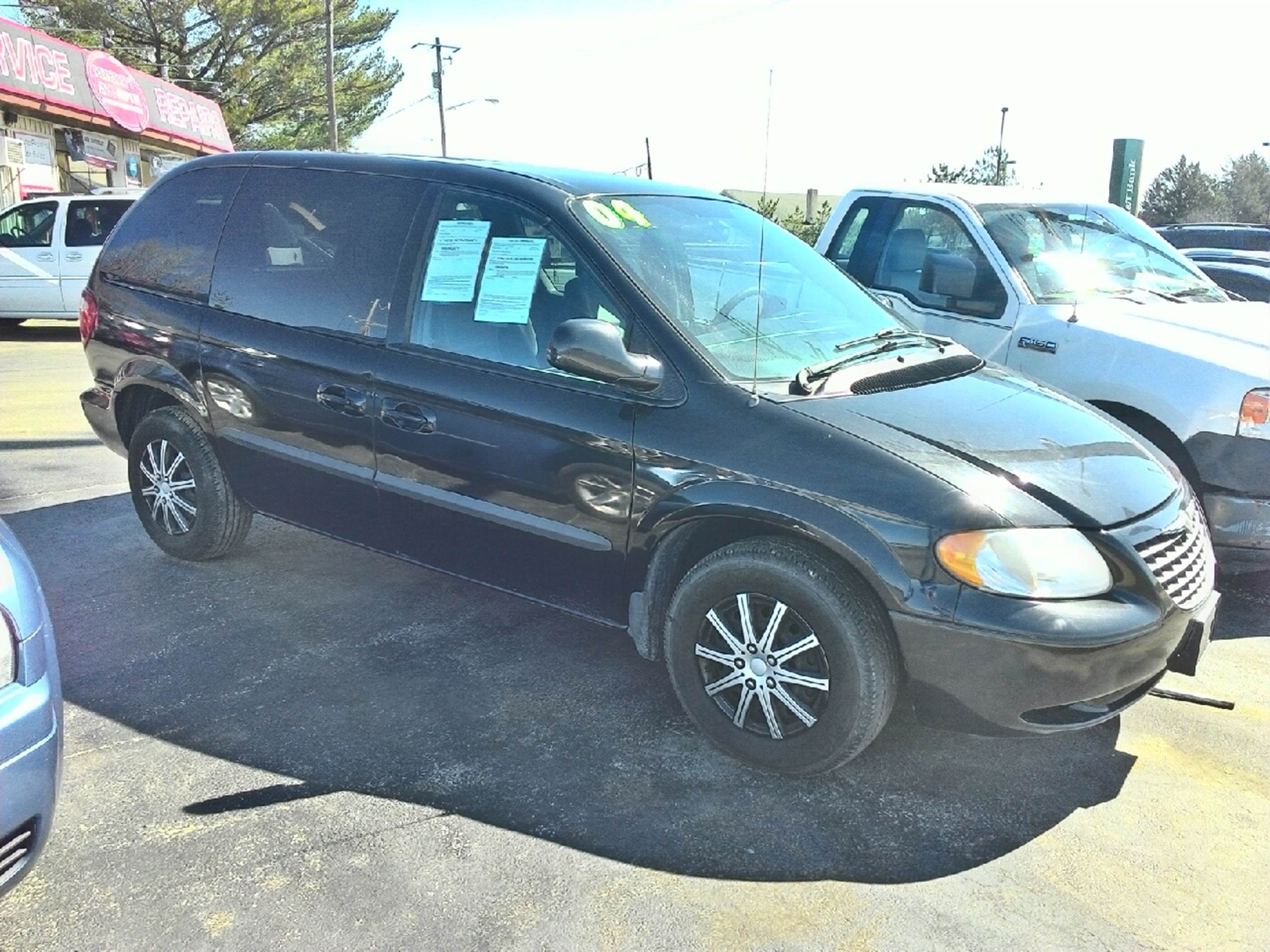 2004 Chrysler Town and Country for sale in Georgetown, DE