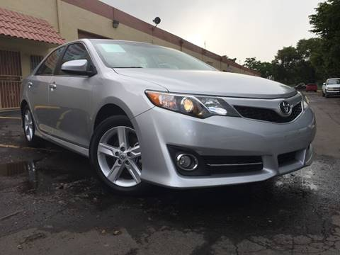 2013 Toyota Camry for sale at MIAMI AUTO LIQUIDATORS in Miami FL