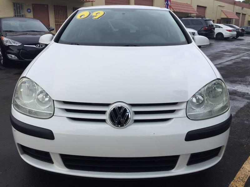 2009 Volkswagen Rabbit for sale at MIAMI AUTO LIQUIDATORS in Miami FL