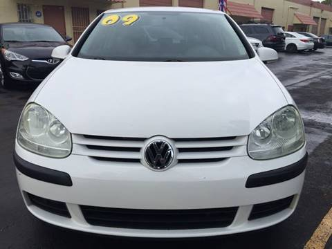 2009 Volkswagen Rabbit for sale at MIAMI AUTO LIQUIDATORS in Miami FL