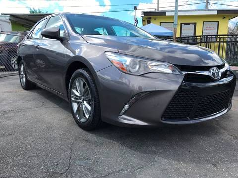 2017 Toyota Camry for sale at MIAMI AUTO LIQUIDATORS in Miami FL