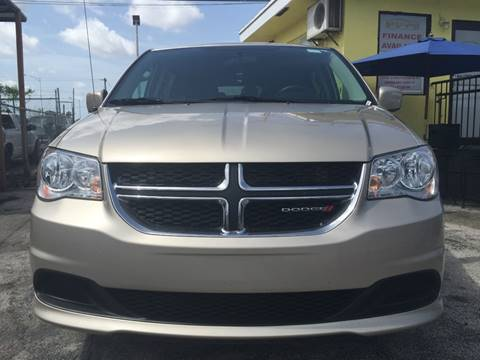2014 Dodge Grand Caravan for sale at MIAMI AUTO LIQUIDATORS in Miami FL