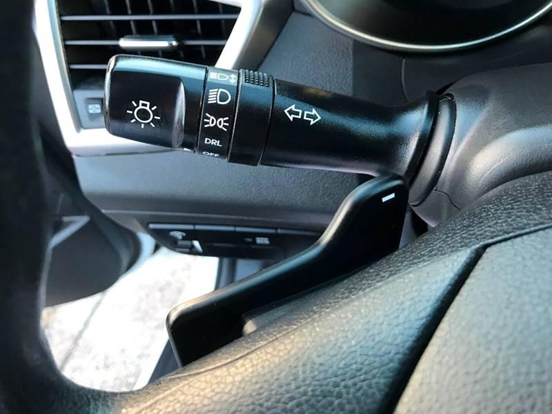 2016 Hyundai Veloster 3dr Coupe DCT w/Black Seats - Miami FL