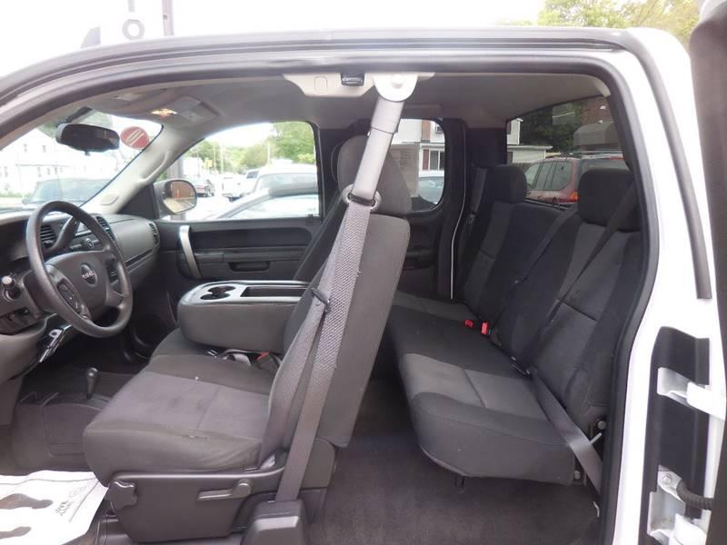 2010 GMC Sierra 1500 4x4 SL 4dr Extended Cab 6.5 ft. SB - Smithfield RI